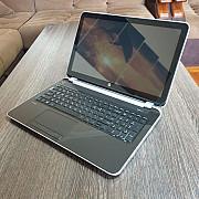 Ноутбук HP Pavilion Sens 15-e004sr, отличное состояние, быстрый 4-ядерн