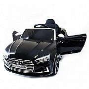 Продам детский электромобиль Audi оригинал имеется кредит