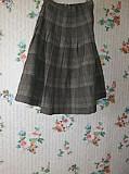 Продаётся германская юбка болотного цвета 100% шерсть
