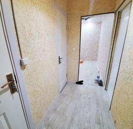 Чиланзар 2 1комнатная /2этаж /4 цена 27500у.е
