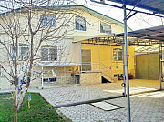 Двухэтажный дом, участок 8 соток