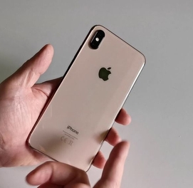 IPhone XS gold/64 GB Kak Noviy