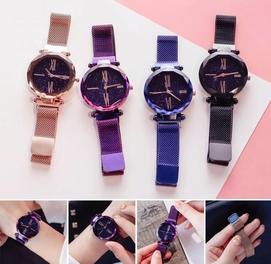 Изысканные часы в наборе с браслетом для женщин