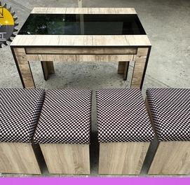 Кухонная мебель со стеклянной столешницей