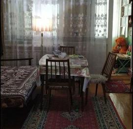 Квартира Урда высокопотолочка Кирпич Шайхантахурский район. Без ремонта