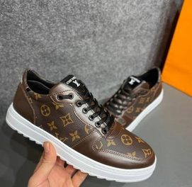 Louis Vuitton 50% chegirma