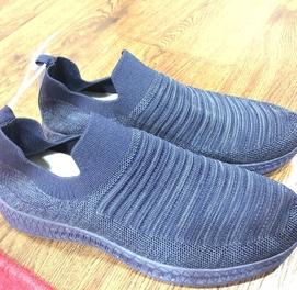 Мужские кроссовки скечерсы размера есть Привез из Дубая