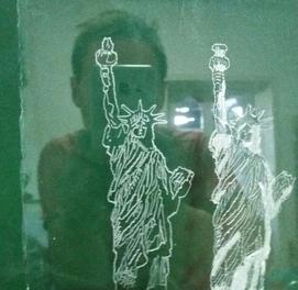 Принимаю заказы! Гравировка по стеклу ручной работы на разные темы!