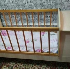 продается детская кроватка материал Россия