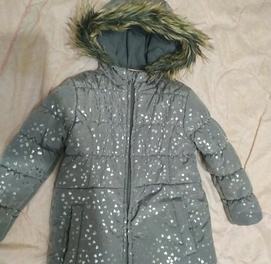 продаётся куртка для девочки новая из Польши