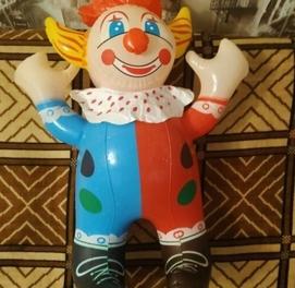 продаются игрушки Клоу надувной