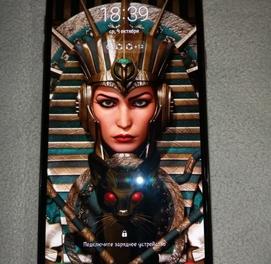 Samsung A6+ gold + в подарок samsung note 3