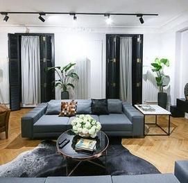 Срочно сдаётся 3х комнатная Супер Люкс квартира в Центре города