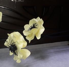 Цветы из изолона для интерьера