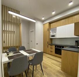 Великолепная квартира с дорогим ремонтом на ГАИ Глинка
